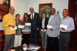 Raudy Torres, Ramón Leonardo y Carlos Veitía en grupo de 40 a los que el Gobierno otorgó pensiones