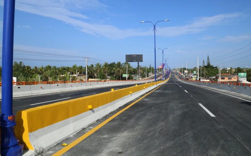 Presidente Medina inaugura elevado en Boca Chica con reconstrucción y ampliación de autopista Las Américas