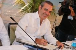 """Luis Abinader denuncia gobierno Danilo procura ejercer control """"casi absoluto"""" de la opinión e información en medios RD"""