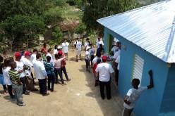 Fundepaz NY entrega 32 casas amuebladas a familias en extrema pobreza de Hondo Valle