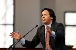 Reverendo hispano en Estados Unidos deplora masacre de Orlando