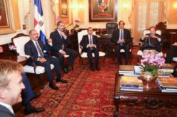 (Video) Esa visita de John Kerry, el secre de Estado de Estados Unidos, a Danilo Medina en su despacho
