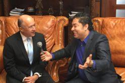 El Pacha con el Procurador Francisco Dominguez Brito…