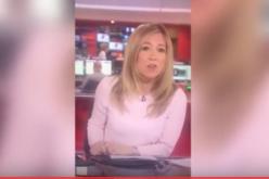 Video de como la periodista se ensimisma con su celular en set de tv y se olvida de dar las noticias