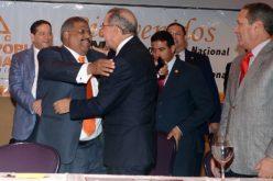 De figuras del folklor politico dominicano cuyo liderazgo va en picada irreversible