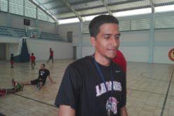 Abraham Disla, Dirigente del Año del Baloncesto Superior del Distrito 2016 con apenas 23 de edad… ¡Admirable…!