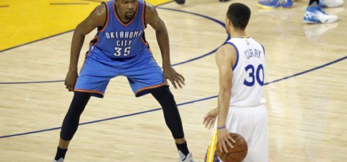 Kevin Durant firma con Golden State… US$54.3 millones por 2 años…