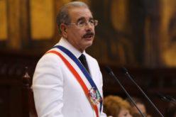 Miguel Vargas y Janet Camilo entre pocas caras nuevas en gabinete Danilo; para nuevo gobierno hay «reciclaje» de funcionarios con remociones