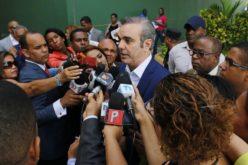 Luis Abinader ve tardanza de autoridades para actuar en caso Tucanos