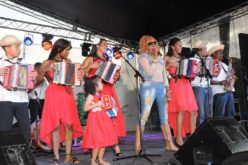 Fefita La Grande, toda ella, en la Feria Nacional de Proyectos Culturales