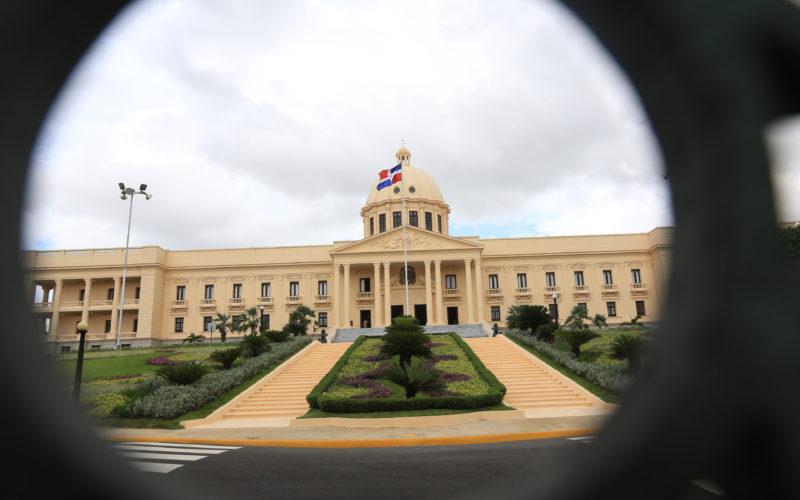Presidente Medina expresa pesar por fallecimiento madre senador Charlie Mariotti