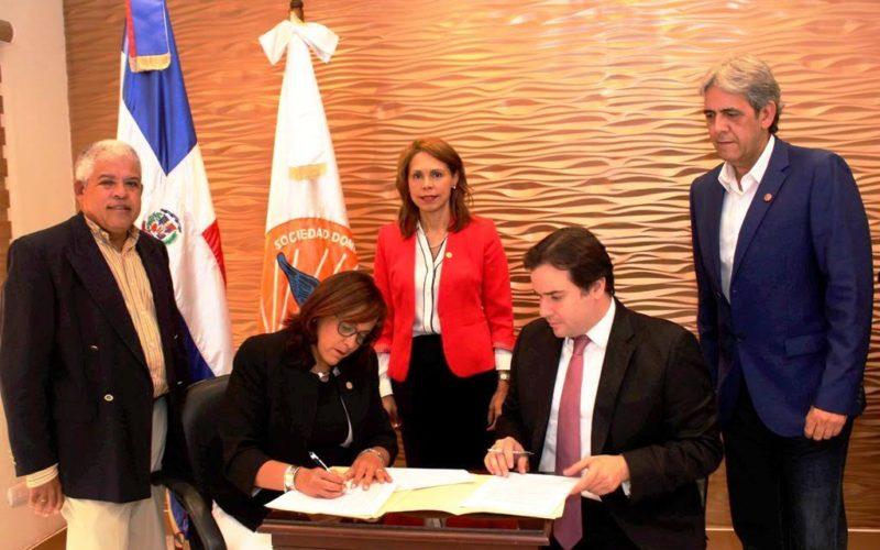 Sociedad de Pediatría y Fundación Operación Sonrisa firman convenio de cooperación