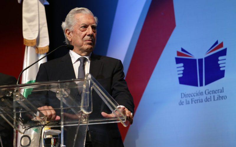 """Mario Vargas Llosa: """"Mi amor por RD es un amor caribeño, tempestuoso. Ser crítico a veces es una muestra de amor"""""""