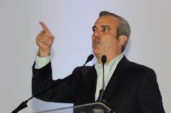"""Luis Abinader advierte empréstitos van conduciendo a RD al """"shock"""" del endeudamiento"""