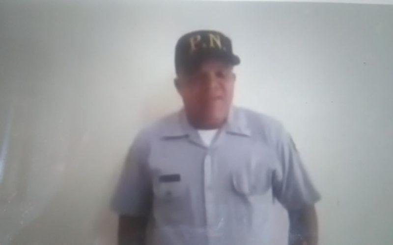 Teniente de la Policía denuncia en video que no aguanta mas; entrega pistola y carnet y suelta en banda la PN