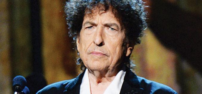 """Bob Dylan ahora acepta con nobleza el Nobel: """"Agradezco el honor"""""""