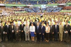 Presidente Medina encabeza graduación de mas de 10 mil técnicos y maestros técnicos de Infotep