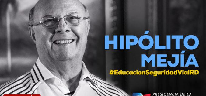 Hipólito Mejía, del opositor PRM, se suma a campaña de seguridad vial que impulsa el gobierno de Danilo Medina y el PLD
