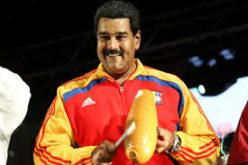 """(Video) Nicolás Maduro """"en salsa""""… El hombre es todo un sonero… ¡Agárrenlo…!"""