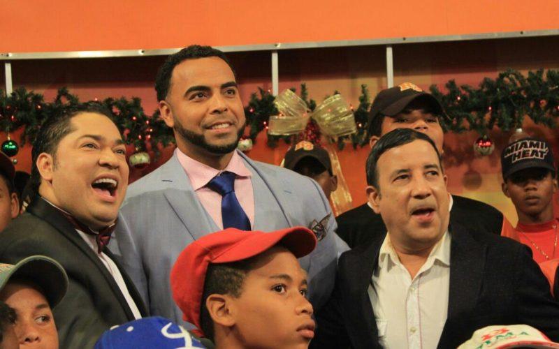 Los conmovedores testimonios de los hijos y padres de Nelson Cruz en Pégate Y Gana Con El Pachá