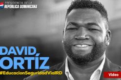 (Video) David Ortiz en campaña de tránsito: «Como pelotero esperaba mi pitcheo; espere su luz verde, no se vaya en rojo»