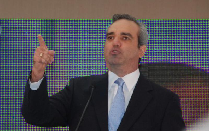 Luis Abinader sale en defensa de Quique Antún y Rogelio Genao; dice sectores Gobierno buscan apropiarse del PRSC para ponerlo al servicio del PLDS