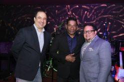 Kviar Lounge by Félix D'Oleo abrió en el Dominican Fiesta; Sergio Vargas lo estrenó