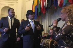 (Video) Sergio, Fefita y Yiyo Sarante «encendíos» en la juramentación de Adriano Espaillat