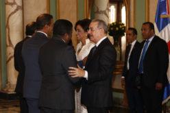 (Video) Danilo Medin recibiendo los saludos de Año Nuevo en Palacio