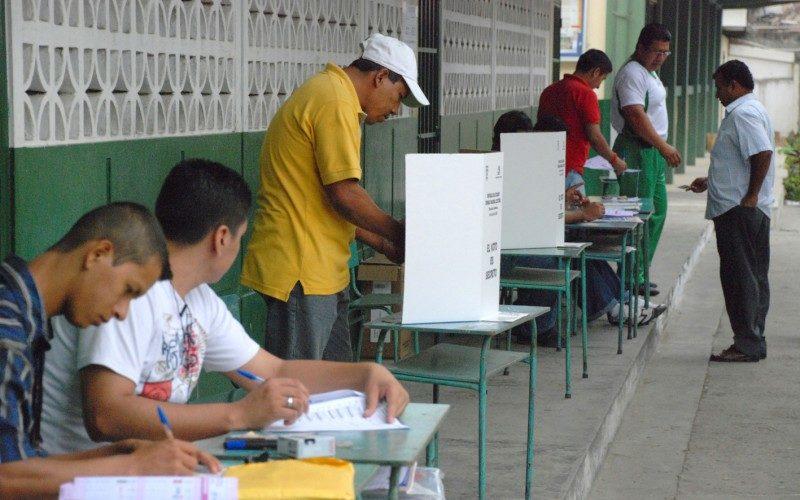 Elecciones en Ecuador… (Mi Verdad, la columna de Ernesto Jiménez)