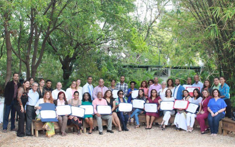 Fundación Sabores Dominicanos entrega reconocimientos profesores, universidades, comunicadores y medios