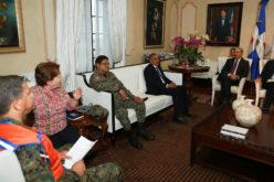 Danilo, atento a los aguaceros; instruye a funcionarios de instituciones para prevenir y proteger vidas