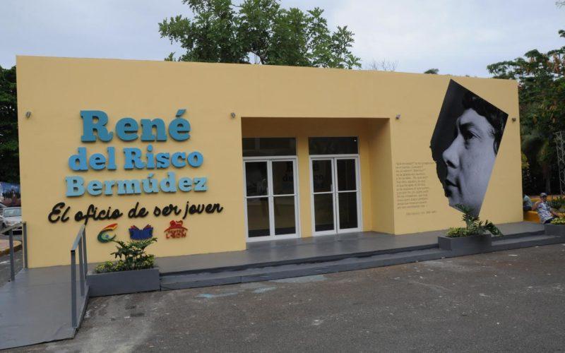 Los pabellos de Paraguay y René del Risco Bermúdez en la Feria Internacional del Libro Santo Domingo 2017