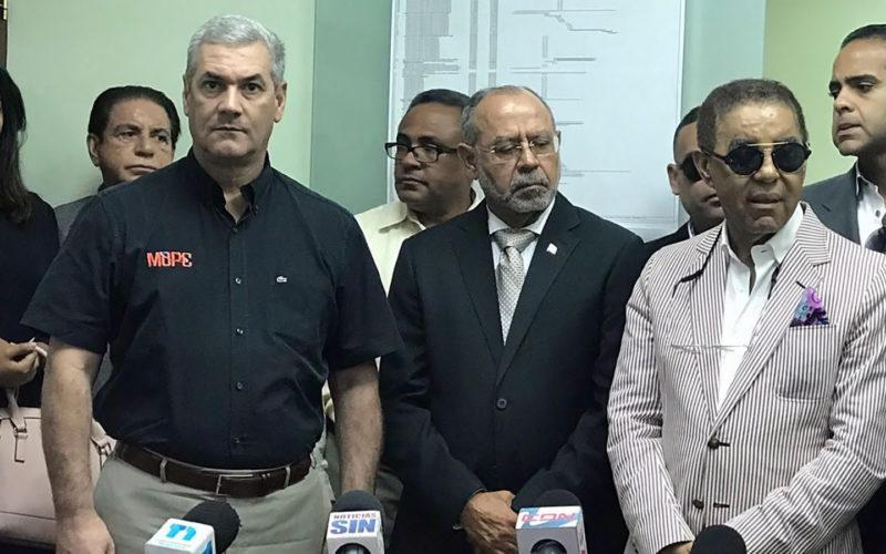 Manuel Saleta García, quien sustituye a Diandino Peña en Opret, quiere que más dominicanos usen el Metro de SD