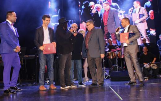 Vidal Cedeño celebró por todo lo alto sus 23 años en negocio del espectáculo de NY con Yiyo, Sergio, Raymond y Miguel y Bulin