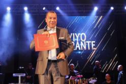 El reconocimiento de Sergio Varas a Vidal Cedeño: «23 años en el espectáculo de NY… Eso lo da el crédito público»