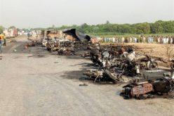 En Pakistán al menos 140 muertos y decenas de heridos por incendio de un petrolero