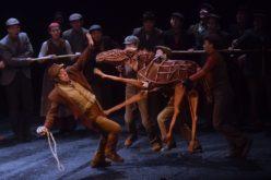 """""""Caballo de guerra"""", un drama del teatro chino con más de 4 mil funciones en 9 países"""