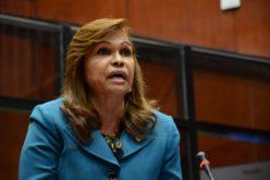 """(Video) Senadora Sonia Mateo """"le entra"""" a Consuelo Despradel: """"… Pero esa maldita vieja 'tá loca…?!"""""""