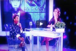 """(Video) Pamela Sued interrumpió entrevista y """"le entró"""" a un pica-pollo en pleno programa; dice ser """"catadora"""" de esa comida rápida"""