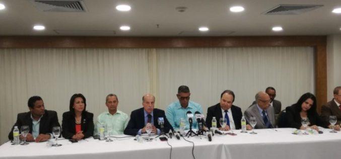 Partidos de Bloque Opositor mantienen posicion de rechazo a que se mantengan jueces del Tribunal Superior Electoral