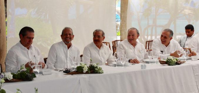 Danilo propone alianza estrategica para el turismo
