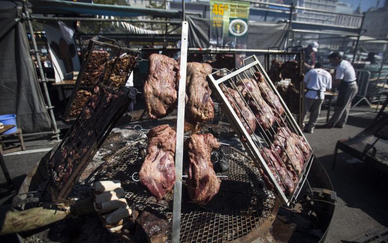 Carne, carne, carne… Mucha carne!, en Campeonato del Asado en Argentina…