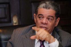«Aquí nadie quiere ser policía»… Lo dice Carlos Amarante Baret, ministro de Interior y Policía