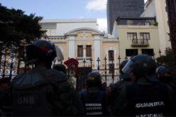 """Suspenden derechos políticos a Venezuela en Mercosur por """"ruptura del orden democrático"""""""