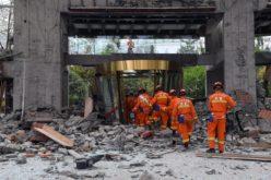 Actualizan cifras de víctimas de terremoto de 7,0 grados en escala Richter en China: 19 muertos y 263 heridos