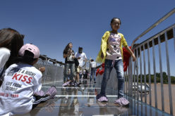 En China, un puente de vidrio…
