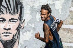 Neymar llega al PSG con transferencia multimillonaria