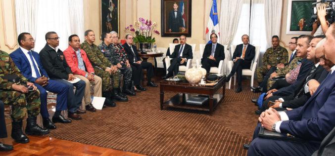 Presidente Medina pone en alerta máxima el Gobierno por huracán María