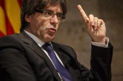 Puigdemont, el destituido líder catalán, niega vaya a buscar asilo poltico en Bruselas